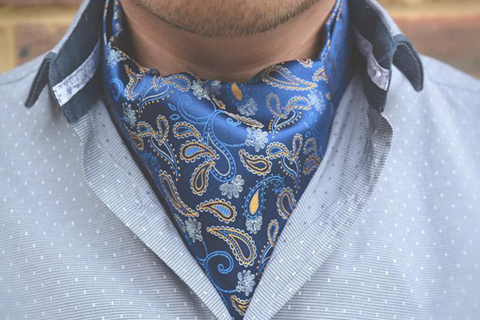 шейный платок для мужчин под рубашку