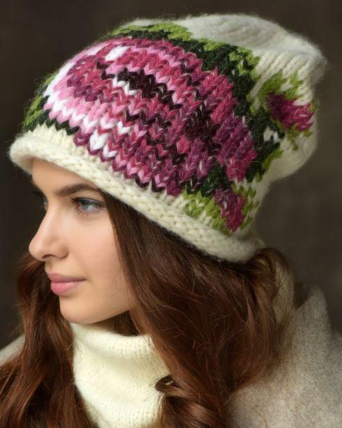 Шапка крючком для девочки: популярные модели для осени и зимы